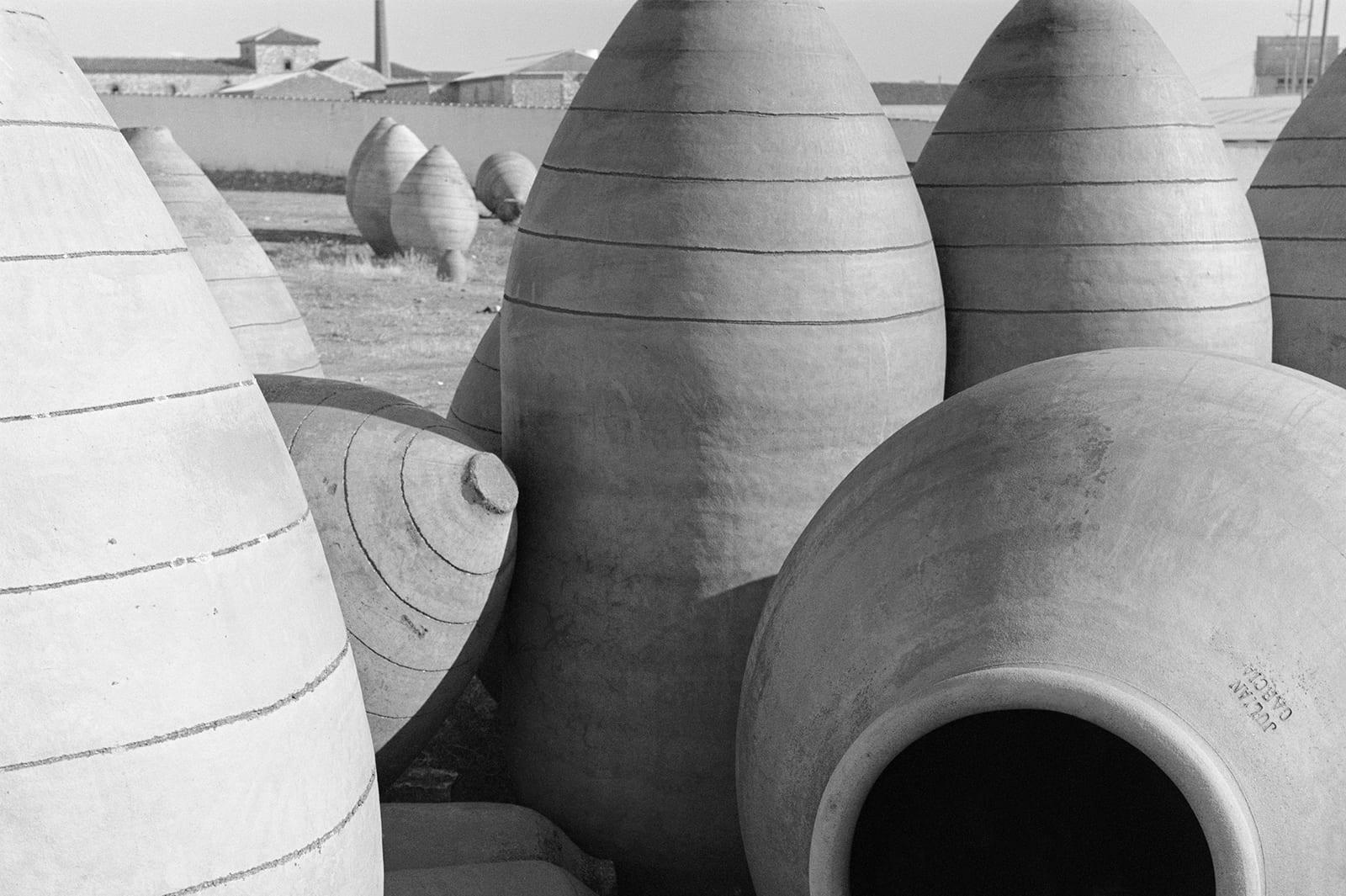 Villarrobledo clay jars
